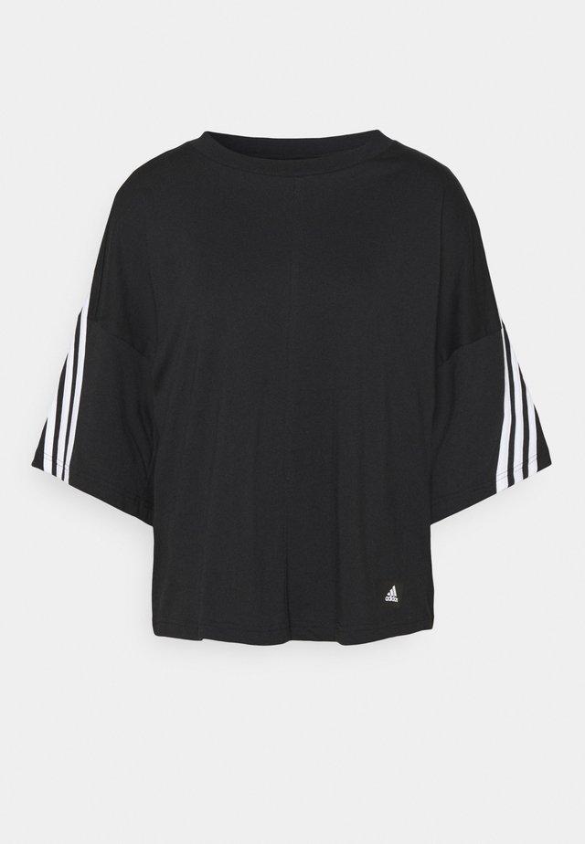TEE - T-shirt z nadrukiem - black/white