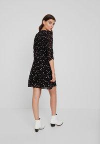 AllSaints - MALIE HEARTS DRESS - Shirt dress - black - 3