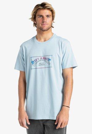 ARCH  - Print T-shirt - smoke blue