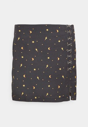 MYSTICAL SKIRT THIGH SPLIT & HOOK & EYE DETAILING  - Minirok - black