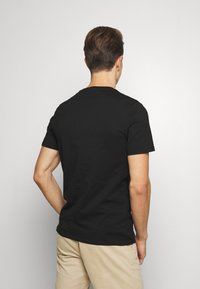 Guess - ORIGINAL LOGO - Camiseta estampada - jet black - 2