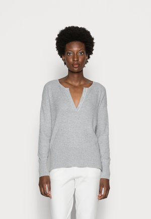 ESSENTIAL OPEN NECK SWEATER - Jersey de punto - light grey heather
