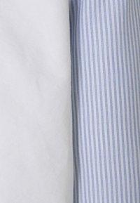 Club Monaco - OXFORD - Shirt - white stripe - 2