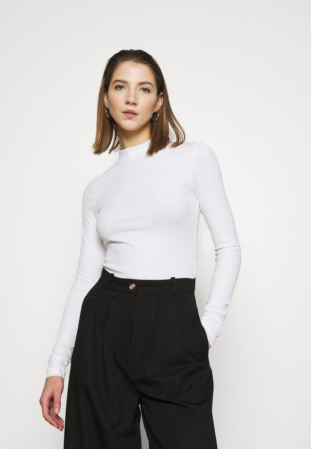VERA MOCKNECK - Long sleeved top - white