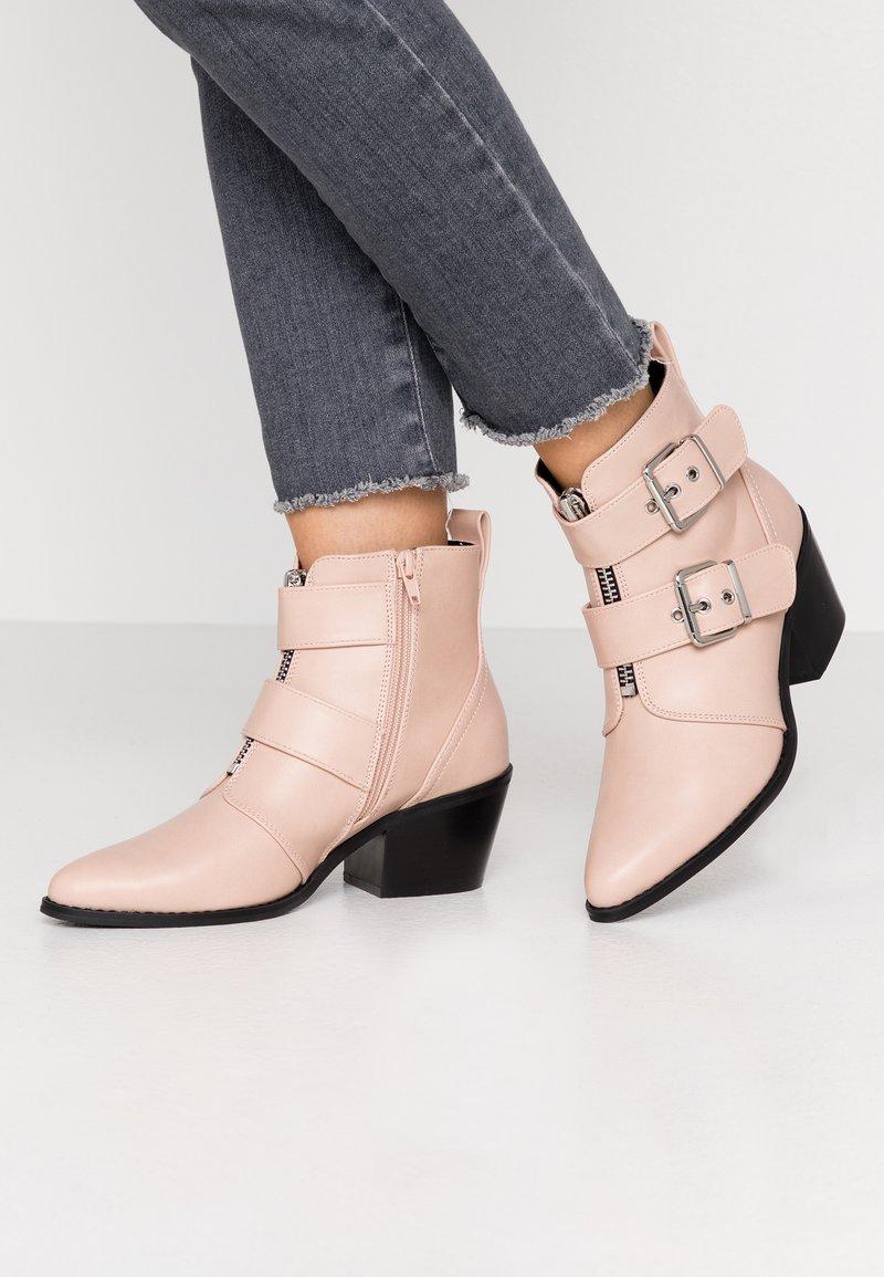 Even&Odd - Kotníková obuv - nude