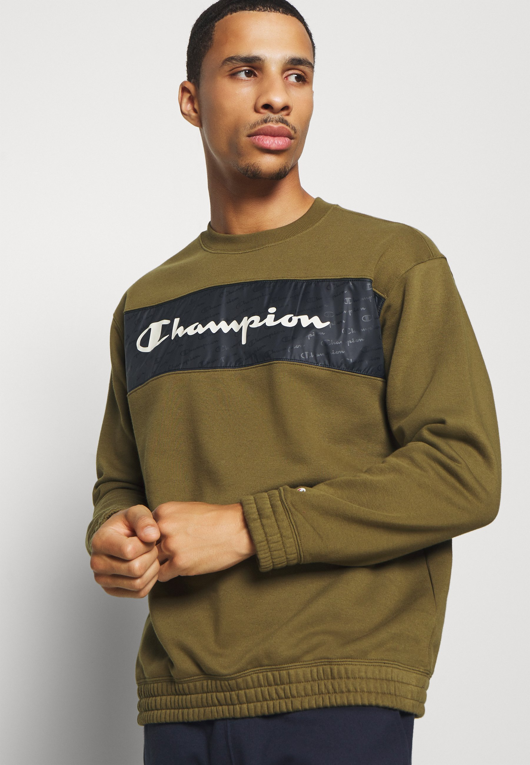 Champion LEGACY HERITAGE TECH CREWNECK - Sweatshirt - olive