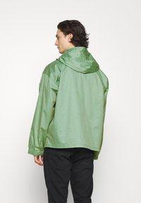 Converse - DOUBLE POCKET COATED JACKET - Summer jacket - ocean stone - 2