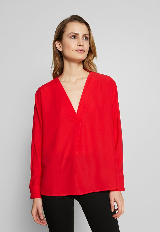 PLAIN TUNIC - Blusa - red