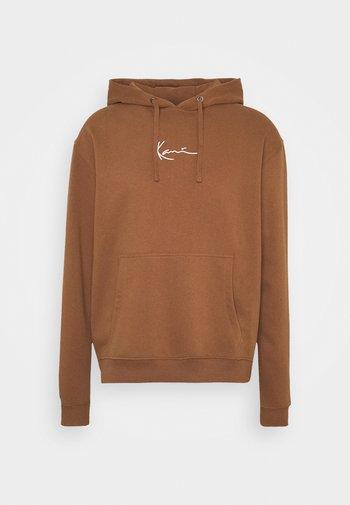 UNISEX SMALL SIGNATURE HOODY - Sweatshirt - brown