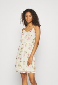 Vero Moda - VMWONDA - Denní šaty - birch/poppy - 0