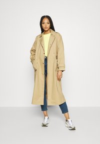 Vero Moda - VMJOANA  MOM ANK - Jeans Tapered Fit - medium blue denim - 1