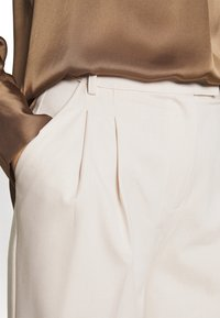 Another-Label - GALANE MELEE PANTS - Trousers - beige melee - 5
