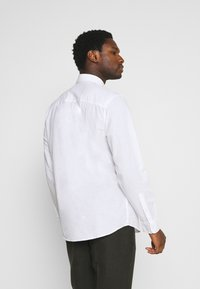 Selected Homme - SLHREGNEW SHIRT - Košile - white - 2