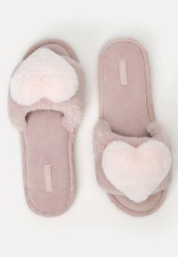 OYSHO - FLUFFY HEART - Pantofole - rose - 2