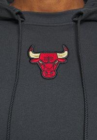 Nike Performance - NBA CHICAGO BULLS CITY EDITION HOODIE - Club wear - anthracite - 5
