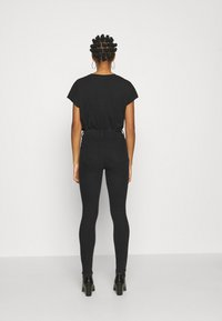 ONLY - ONLMILA LIFE - Jeans Skinny Fit - black denim - 2
