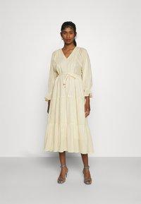YAS - YASFABRINA LONG DRESS  - Vapaa-ajan mekko - eggnog - 0