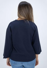 CLOSED - LONG SLEEVED STRUCTURED JERSEY  - Blouse - blue - 2