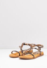 Unisa - CLARIS - Sandals - sun tan - 4
