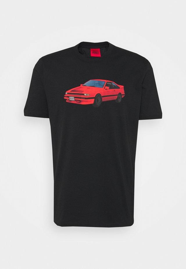 DOZEKI - T-shirt z nadrukiem - black