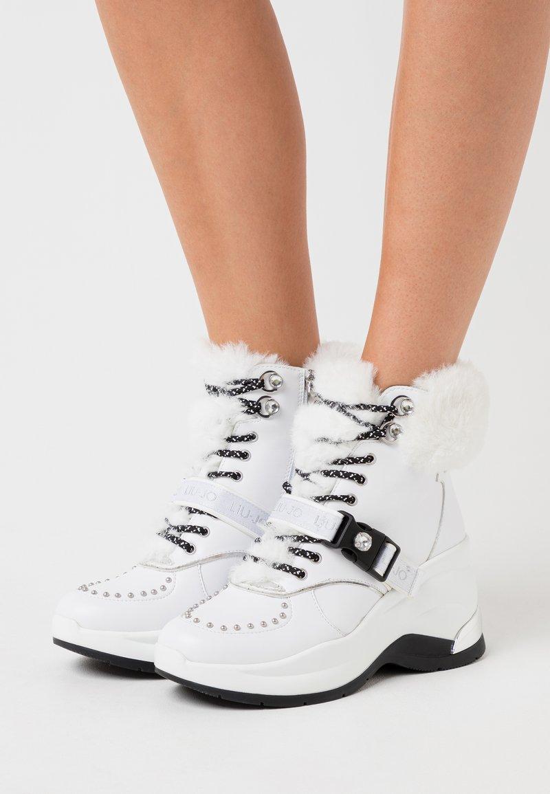 Liu Jo Jeans - KARLIE REVOLUTION - Boots à talons - white
