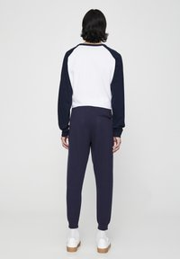 PULL&BEAR - Pantaloni sportivi - dark blue - 2