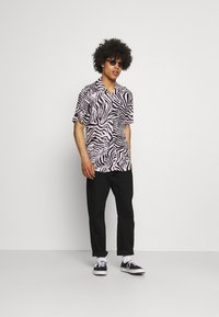 Only & Sons - ONSZEBRA LIFE - Shirt - winsome orchid - 1