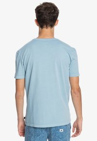 Quiksilver - INTO THE WIDE - Print T-shirt - blue heaven - 2