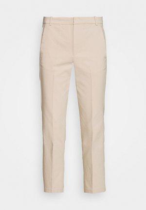 ZELLA KICKFLARE PANT - Trousers - sandstone