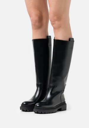BETTLE RAIN - Plateaulaarzen - black