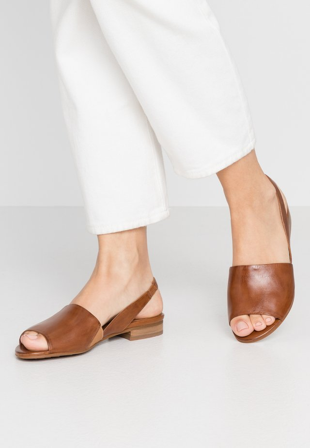 Sandály - terra