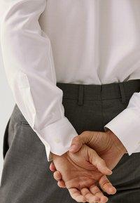 Massimo Dutti - SLIM-FIT - Formal shirt - white - 2