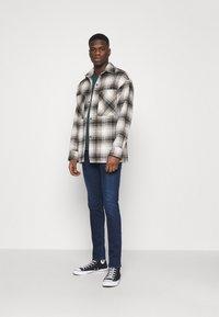 Replay - JONDRILL - Jeans Skinny Fit - medium blue - 1