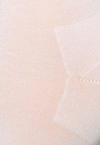 FALKE - ACTIVE BREEZE - Socks - white - 1