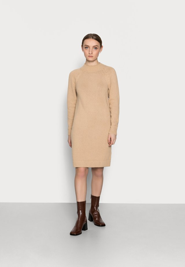 FUNNEL NECK SHIFT - Jumper dress - camel