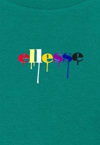 Ellesse - ROSEMUND TEE - T-shirts print - green - 6