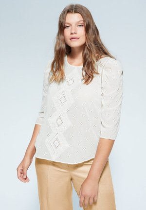 ROMBO - Blouse - cremeweiß