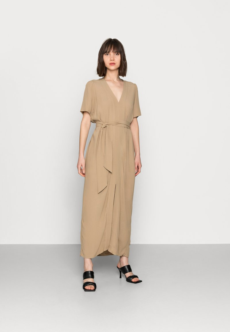 Selected Femme - SLFREBEKKA-DYNELLA DRESS - Maxi dress - kelp