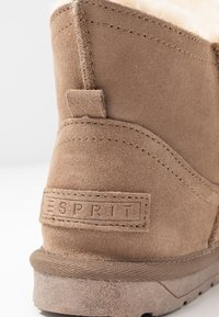 Esprit - LUNA LOW - Classic ankle boots - toffee - 2