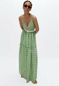 Uterqüe - Maxi dress - green - 3