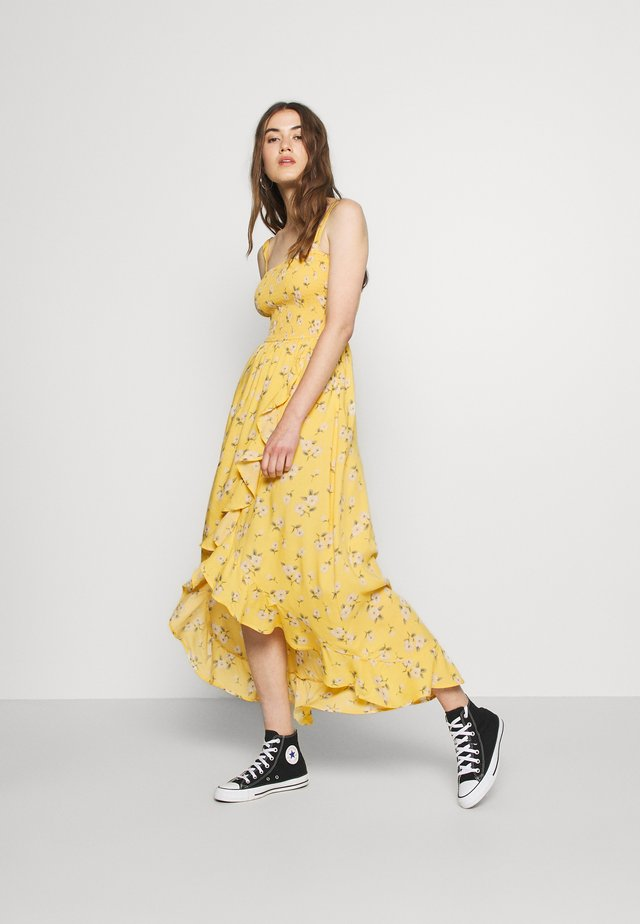 HI-LOW SMOCKED MIDI DRESS - Maksimekko - yellow