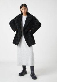 PULL&BEAR - Winter coat - mottled black - 1