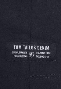 TOM TAILOR DENIM - HIGH COLLAR - Långärmad tröja - sky captain blue - 6