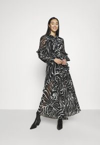 Topshop - ZEBRA PLEATED - Maxi dress - mono - 1