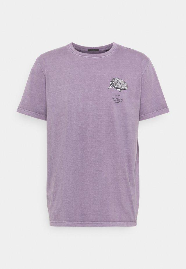 ALMOST READY TEE - Print T-shirt - purple