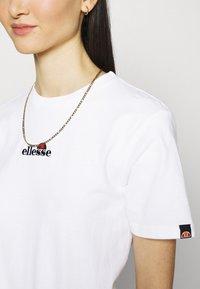 Ellesse - MIYANA - T-shirts basic - white-smu - 4