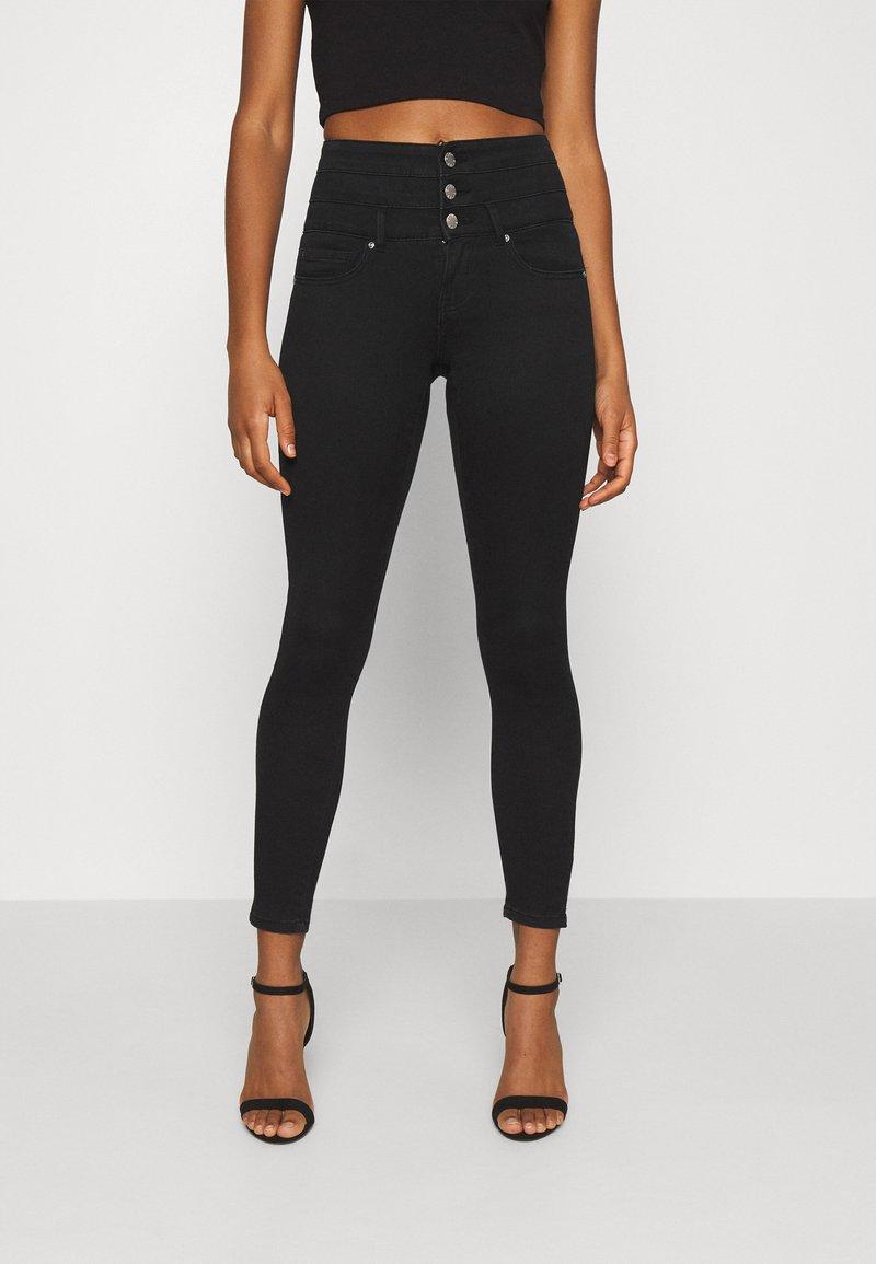 ONLY - ONLROYAL LIFE CORSAGE PIM - Jeans Skinny Fit - black denim