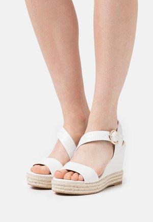 Platform sandals - blanc