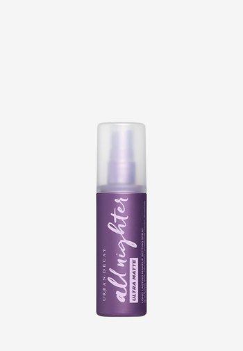 ALL NIGHTER SETTING SPRAY ULTRA MATTE - Setting spray & powder - -