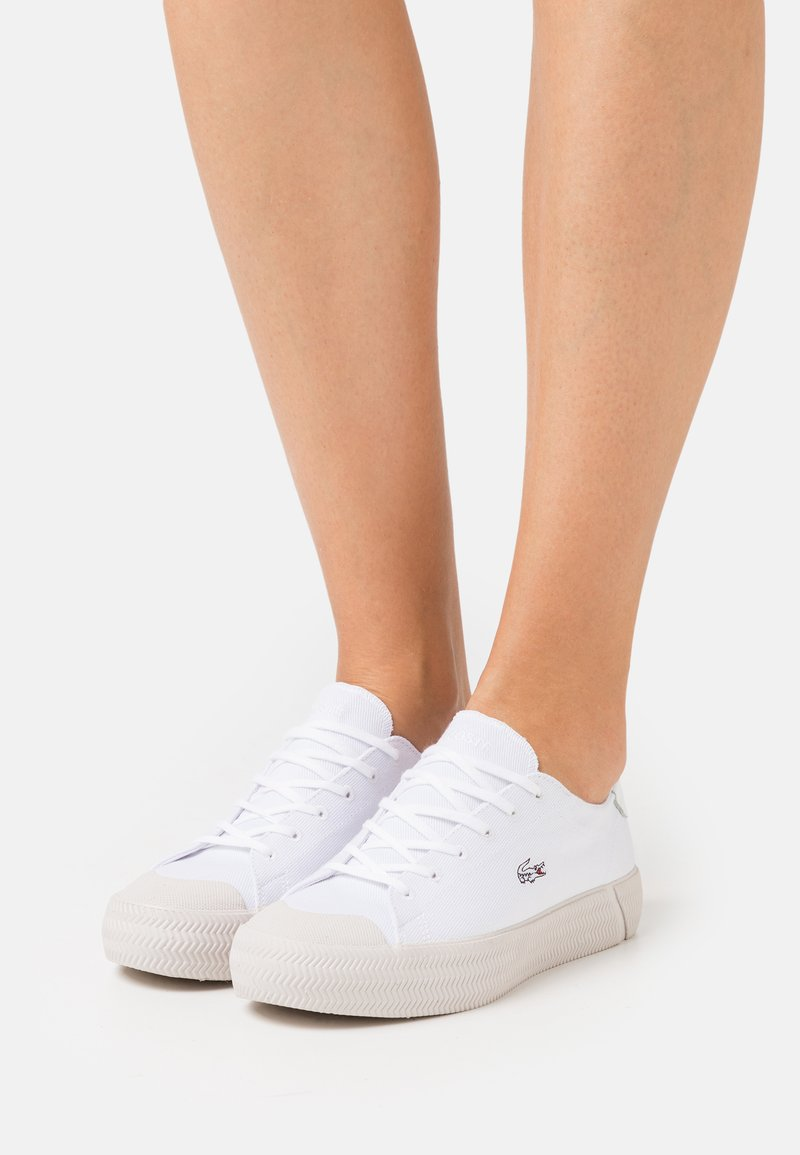 Lacoste - GRIPSHOT - Trainers - white/offwhite